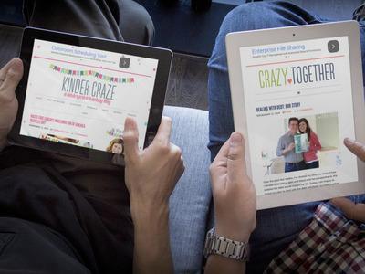 couple reading two responsive sites